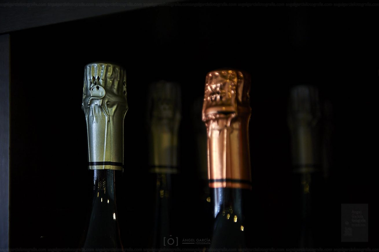 vinoteca, salamanca, vinoteca la vendimia, vendimia, vino, botellas, cerveza, cava, champán, aceite, corcho, tienda, comprar, cata, uva, blanco, tinto, caja